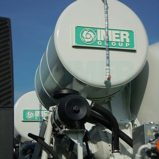 Water tank of the IMER concrete truck mixer 05
