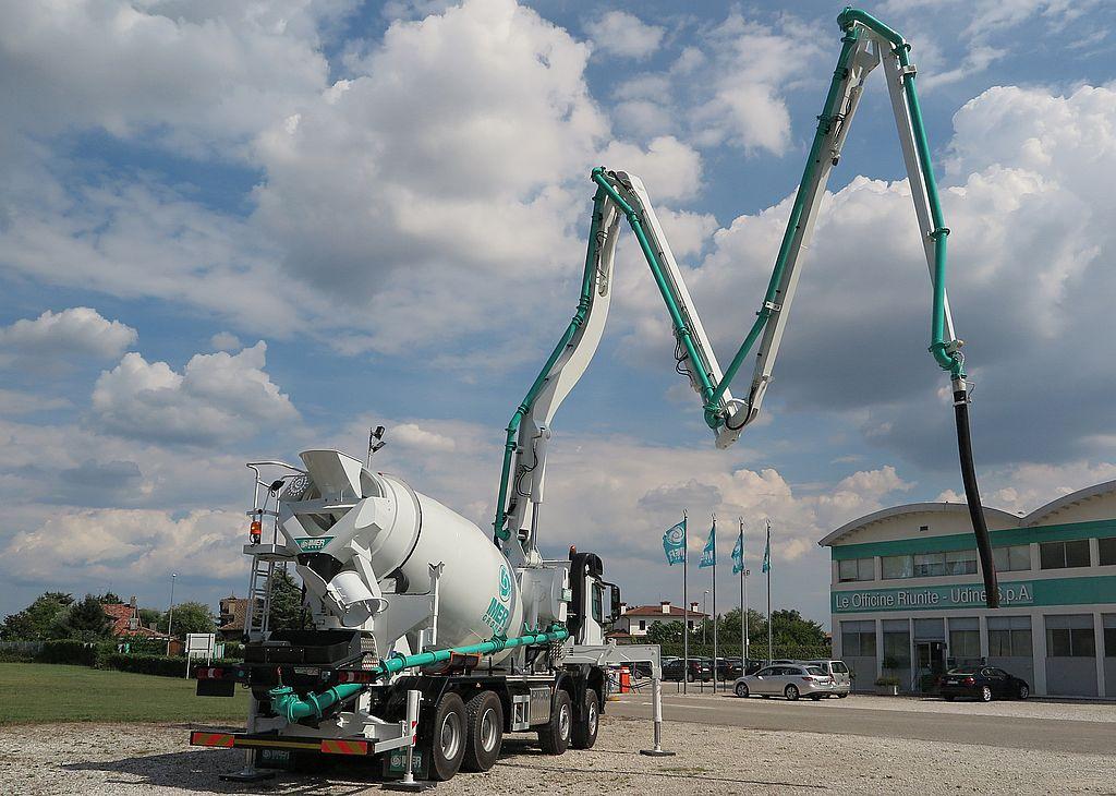 Truck mixer pump IMER BOOMIX M529 02